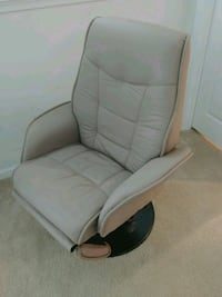 Leather chair from Macy's 29 km