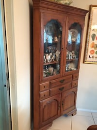 Corner cabinet with curved glass Venice, 34293
