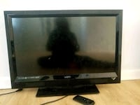 "VIZIO 32"" HD FLAT SCREEN TV"