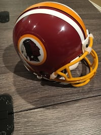 Washington Redskins Mini Replica Helmet Alexandria, 22314