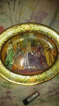 Daher tin collectors plate. Made in England Charleston, 61920