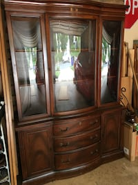 Hutch with curved glass  Bel Air, 21015