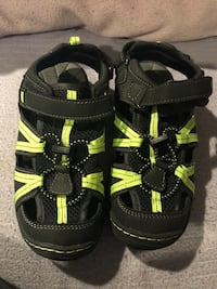Boys shoes size 2 Las Vegas, 89156