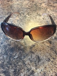 Ladies sunglasses- brand new! Mississauga, L4Z 0B4