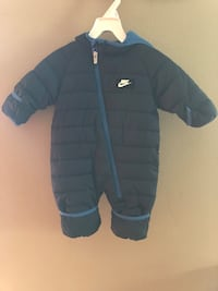 Nike Navy blue and light blue zip-up bubble jacket Mobile, 36606