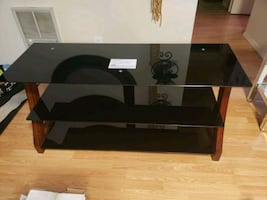 wood & glass table tv council