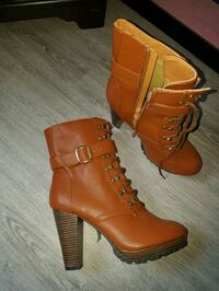pair of brown leather chunky heeled booties Edmonton, T6L 5L8