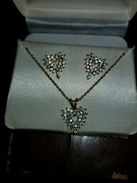 silver and diamond studded necklace Stratford, 50249