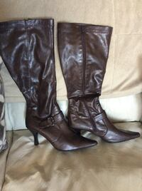 WOMENS LEATHER BOOTS,  SIZE 10 NEW CONDITION Mississauga, L5A 2J2