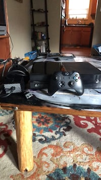 black Xbox One console with controller Louisville, 37777