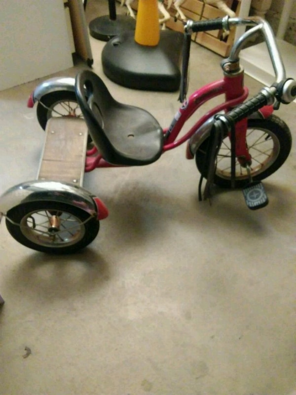 dc4dfb1dbda Used Schwinn Roadster tricycle!!! for sale in Pomona - letgo