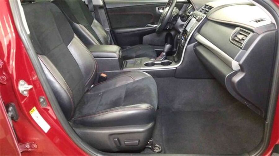 Toyota Camry 2016 562ce704-d264-4905-aa8f-d683391aef89