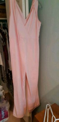 Jump suit 20.00 size XL new never been worn  Grande Prairie, T8V 6A2