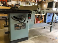 Delta Unisaw 10 inch table saw York, 17403