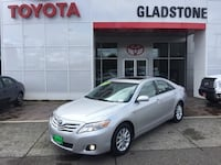 2011 Toyota Camry XLE 2.5L One Owner Fuel Efficient Sunroof Keyless