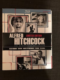 Hitchcock Esentials Collection Blu Ray ( Mint condition )