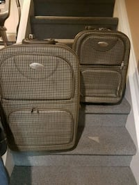 Air Express set of 2 rolling luggage Mississauga, L5V 1G5