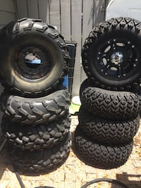 four black auto wheel with tires Auburndale