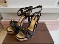 Authentic LV heels Burnaby, V5A