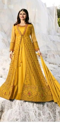 women's yellow and brown long sleeve dress Queens, 11370