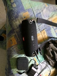 Jbl extreme with charger and strap 235 sell today  Vancouver, V5R