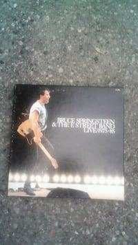 Bruce springsteen & the E street band box set Newmarket, L3Y 2Y2