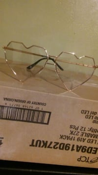 heart shaped silver framed eyeglasses East Windsor, 06016