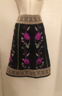 NWOT gorgeous embroidered Monsoon wool blend skirt. UK Sz 8 and US Sz 4 Las Vegas, 89135