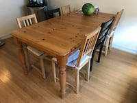 Dining room table & 6 chairs Pasadena
