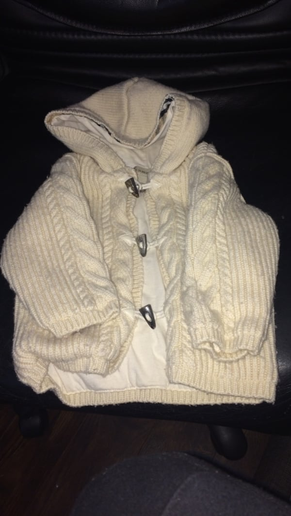 Burberry Wool Baby Sweater 883ca913-1cdc-42e8-9a6d-eabe1e757a1c