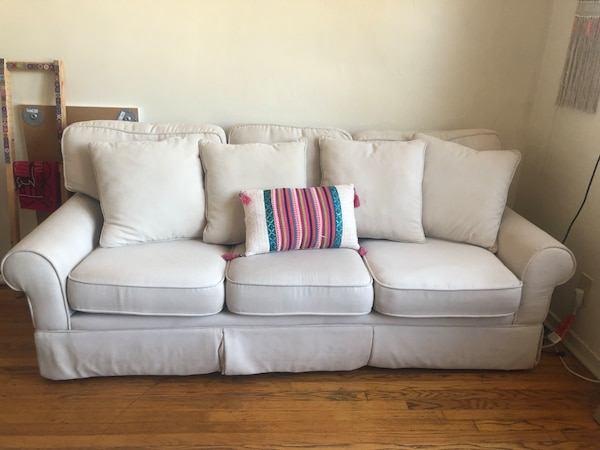 Prime 80 Really Nice White 3 Seater Sofa Pdpeps Interior Chair Design Pdpepsorg