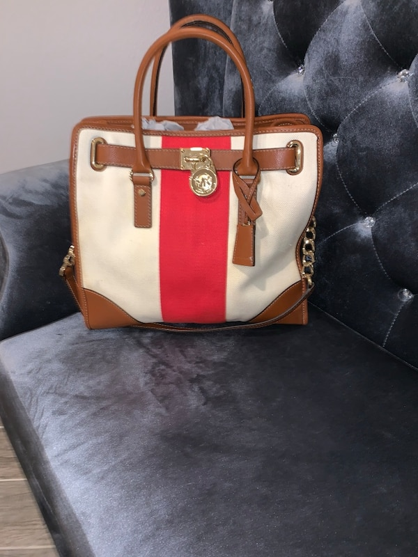 99cf36eb0952c3 Used Michael Kors Large Hamilton Handbag for sale in Houston - letgo