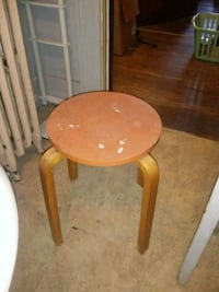 round brown wooden side table Roanoke, 24016