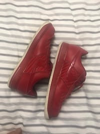 Nike air force red , Size 42 us Westmount, H3Z 3C1