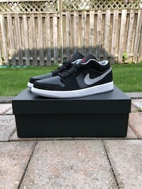 Jordan Retro 1 Low - Size 9 Markham