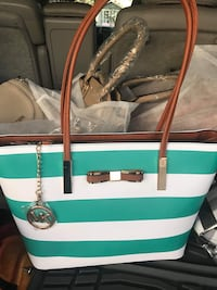 green and white Michael Kors leather tote bag Wilmington, 28412