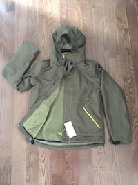 NEW Boy Medium (10-12) Jacket Green.  Edmonton, T6M 0K5