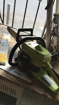 Poulan pro chainsaw for parts  Anniston, 36201