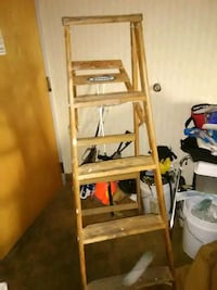 5 ft ladder Youngstown, 44512