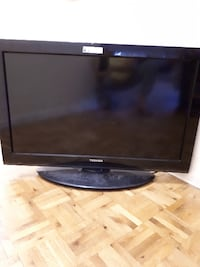 black Samsung flat screen TV Toronto