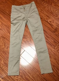 Woman's high waisted pants size 6 like new Hagerstown, 21740