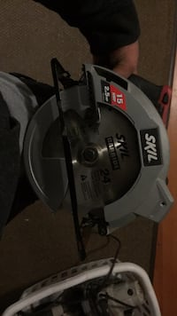 Brand new skill saw. Not even a scratch Elgin, 60124