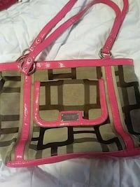 Used Ladies nine west purse  Pearisburg, 24134