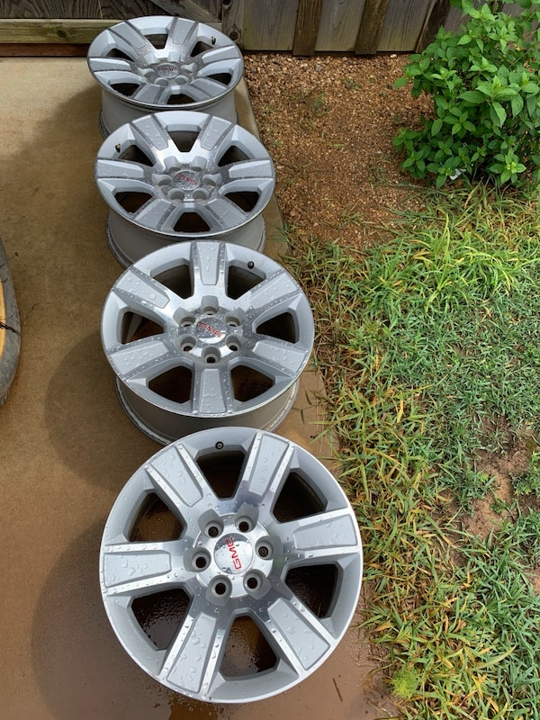 20 Gmc Wheels >> 20 Gmc Wheels Excellent Condition