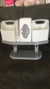 Changing table wipe and supply holder with light .like new. Murrieta, 92563