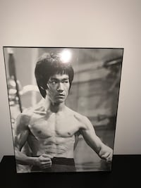 famous bruce lee painting