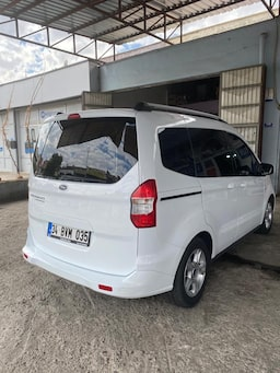 2019 Ford Tourneo Courier  1.5  95PS 65 binde 8a0d5e19-021b-43cb-b3ea-9873aad2b85d