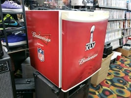 Danby Model dcr059we budweiser mini fridge