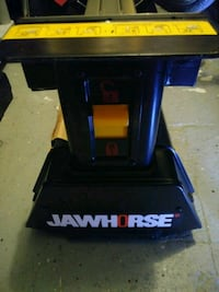 Brand new jaw horse table Saint Cloud, 34769