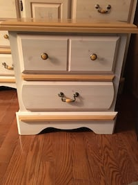 Dresser with mirror & night table Mississauga, L5L 5M1